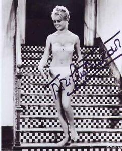 Brigitte Bardot - Actress - Signed Photo - COA (12935)