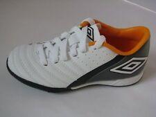 Umbro Fußball-Schuhe für Outdoor