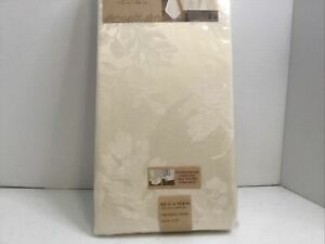 """Town & Country Autumn Medley Damask Fabric Tablecloth 60""""x104"""" Oblong Ivory New"""