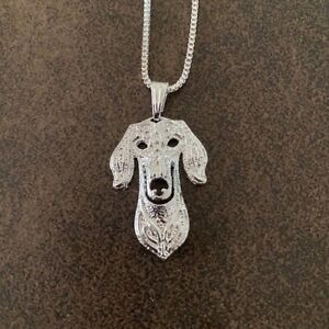 """SALUKI DOG NECKLACE PENDANT WITH 18"""" SILVER CHAIN  & FREE GIFT BAG"""