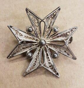 Vintage silver filigree Maltese cross brooch, 917 stamped. Appx 3.5cm Lot #AS005