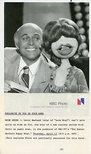 GAVIN MACLEOD SIS THE PUPPET SMILING HANNA BARBERA HAPPY HOUR 1978 NBC TV PHOTO