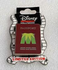 Disney Dsf Dssh Muppets Most Wanted Miss Piggy Passport Le 400 Pin