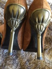 Pelle Moda Peep Toe Suede Pump in Camel / Tan w/ Unique Flower Metal Heel, 11 M