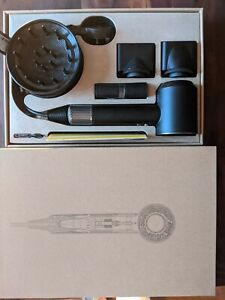 Dyson Supersonic Hairdryer Mat black  And attachments boxed New