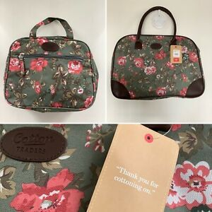 BNWT - Cotton Traders Green Floral Weekend Bag Two Piece Luggage Set