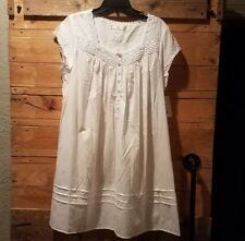 Eileen West white Night gown 100% woven Lawn Cotton Size Large