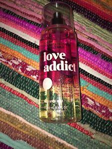 Victorias Secret Love Addict Fresh Strawberry And Almond Milk