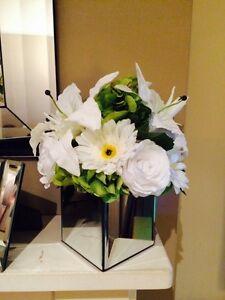 LUXURY LARGE ROSE, HYDRANGEA & LILY ARTIFICIAL FLOWER ARRANGEMENT IN MIRROR CUBE