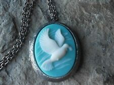 WHITE DOVE CAMEO ANTIQUED SILVER PLATED LOCKET - AQUA, BIRD, CHRISTMAS, UNIQUE