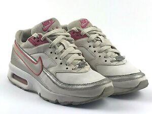 Nike Air Max Classic BW Size UK 3 Pink / White