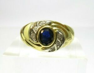 SAPPHIRE AND DIAMOND VINTAGE DRESS RING - 18CT GOLD