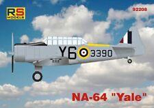 NA-64 YALE WW II ADVANCED MILITARY TRAINER (CANADIAN MKGS) #92208 1/72 RS MODELS