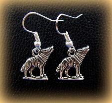 Embossed Wolf Earrings Jewelry - Detailed Metal Wolf design Earrings
