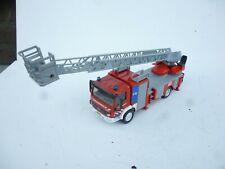 1:50 SIKU 2106 Mercedes Benz Feuerwehr-Drehleiter i | Modellauto LKW