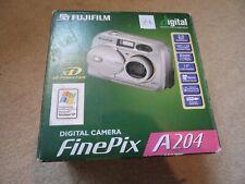 Fujifilm FinePix A204 Zoom 2.0MP Digital Camera