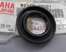 Genuine Yamaha TT-R250 TY250Z XT250 RUEDA DELANTERA HUB Sello De Aceite 93106-20021
