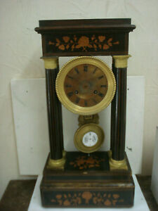Table clock's '800 for parts or repairs