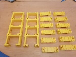 Lot of 8 and 12 TOMY Trackmaster Yellow Single Track Risers / Bridge Supports