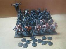 Warhammer + + 25 chaosbarbaren + +