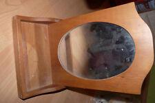 Beau miroir en bois