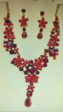 Red colour  Diamante Flower crystal Necklace & earrings set Gold colour chain
