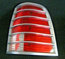 2002-2005 MERCURY MOUNTAINEER RIGHT TAIL LIGHT WITH COVER