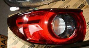 New Genuine Mazda CX-5 KF passenger side left rear light lamp CX5 2016 on