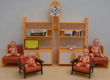 Poppenkast meubels en poppen E.S. W. Germany Emil Schwenk 60-70 jaren