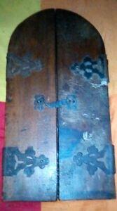 Traumhafter Hausaltar Holz Jesus Christus Inri vor 1900 Flügel Tore ca 40 x 20