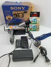 SONY DCR-TRV310  DIGITAL 8 HANDYCAM CAMCORDER BUNDLE TESTED WORKING