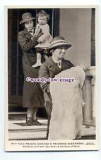 r1709 - Prince Edward of Kent & Baby Princess Alexandra of Kent - postcard