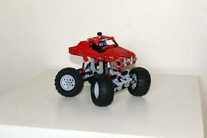 Lego Technic 42005 Monster truck. Excellent condition. Retired 2013.