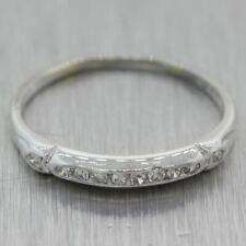 1930's Antique Art Deco 18k White Gold 0.10ctw Diamond Wedding Band Ring