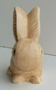 Vintage Retired Sylvac Figure of Medium Beige Sitting Rabbit  990 Gorgeous Bunny
