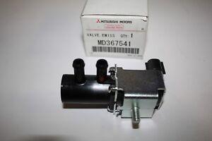 OEM CHRYSLER DODGE MITSUBISHI VAPOR CANISTER PURGE CONTROL VALVE P/N # MD367541
