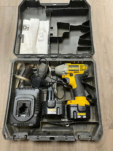 Dewalt DW052K2 Impact Driver 12 Volt Cordless Power Tool+ 2x Battery and charger