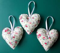 3 x LARGE PINK FLOWERS ON GREEN BACKGROUND HANDMADE HANGING FABRIC HEARTS 4.5ins