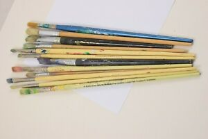Job Lot Bundle of 12 x Artist's used paint brushes (long handles bristle) #W30-2