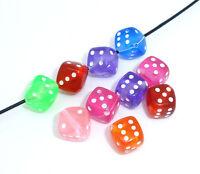 Neu 100 Mix Acrylperlen Spielewürfel Augenwürfel Perlen Würfelperlen Beads 9x9mm