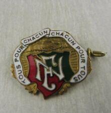 Broche / médaille, tous pour chacun, chacun pour tous, Cherbourg, La Fraternelle
