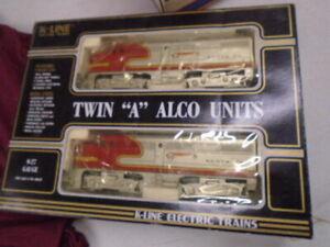 K-Line O Scale K2126 Santa Fe Alco AA Diesel Locomotive Set EX/Box
