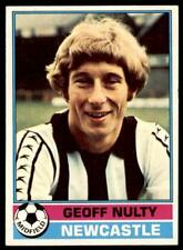 Topps Football Red 1977 (B1) Geoff Nulty Newcastle United No. 164