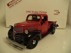DANBURY MINT  DODGE PICKUP    1941  IN  BOX