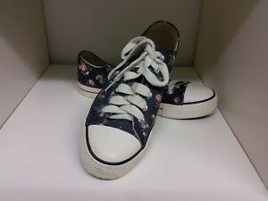 Cath Kidston Floral Rose Navy Blue Pumps Size 4 Sneakers