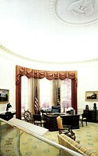 Oval Office  POSTCARD GERALD R. FORD MUSEUM GRAND RAPIDS MICHIGAN