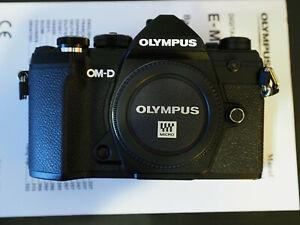 NEU: Olympus OM-D E‑M5 Mark III schwarz Body + Rechnung + 2 Jahre Garantie + OVP