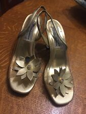 WOMEN'S VINTAGE  NEW RENAISSANCE CLEAR LUCITE AND GOLD SLING BACK PEEP TOE HEELS