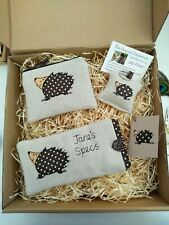 Handmade Boxed Gift Set, Lots of designs & option to personalise purse Hedgehog