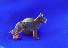 Cloisonne enamel German Shepherd Alsatian herding dog new old stock pin Jewelry